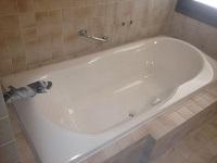 צביעת אמבטיה אקרילית